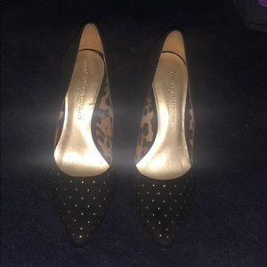 Black pumps with gold beads on toe cap, size 7.5
